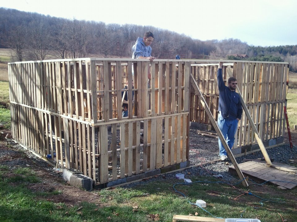 Pallet Barn Update Almost Finished Daily Hike